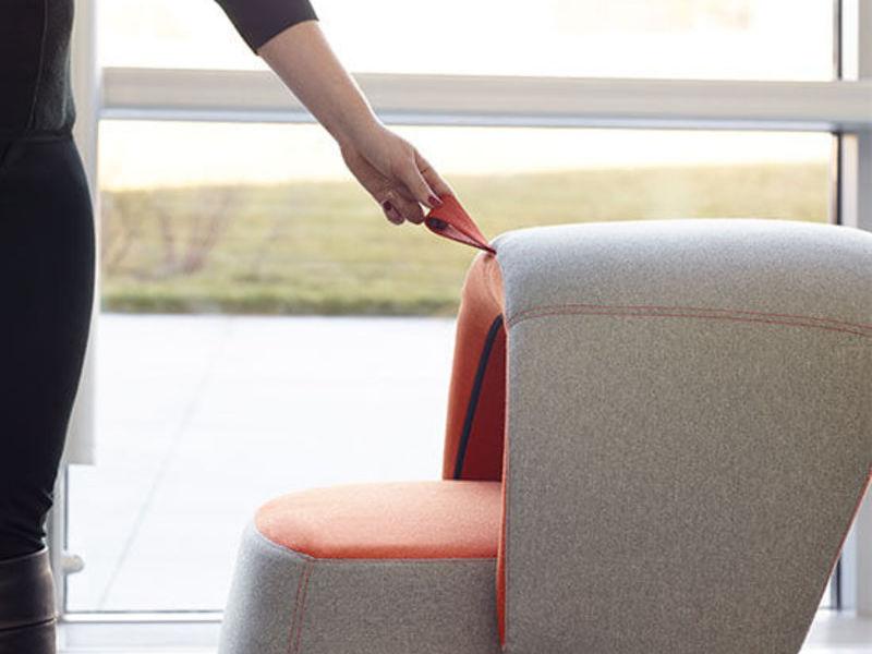 CHICK POUF seat