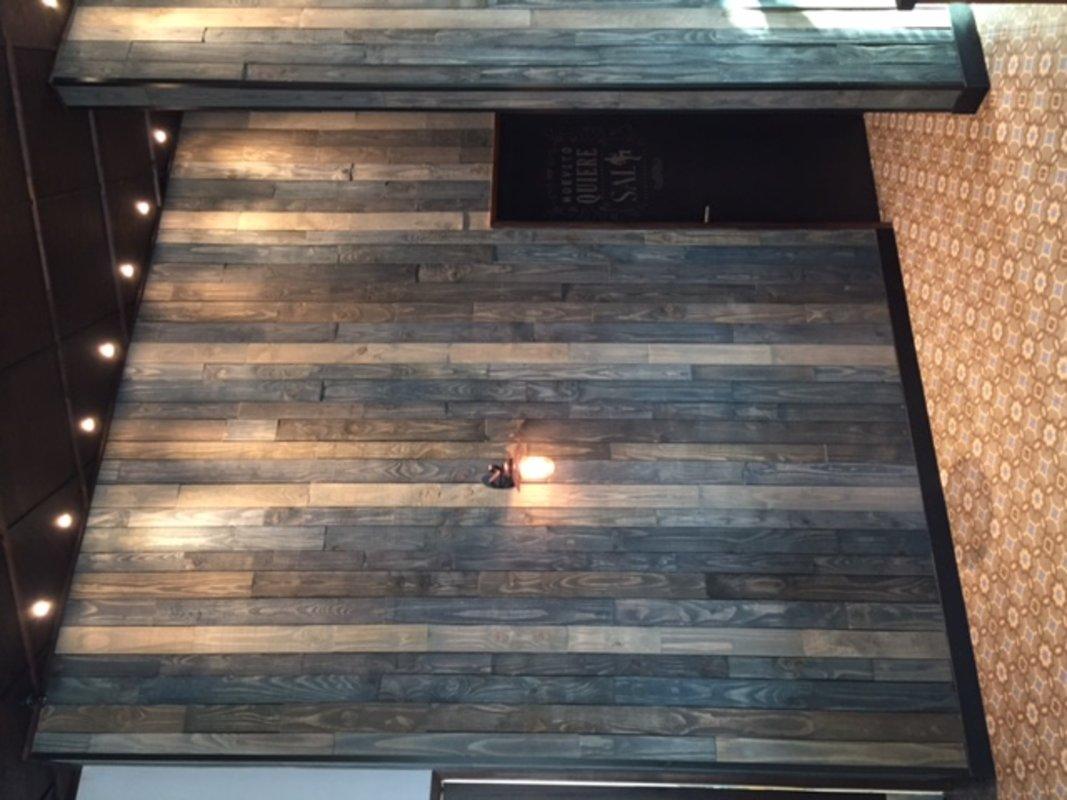 Muros de Tablas de madera | Trozos Decomadera